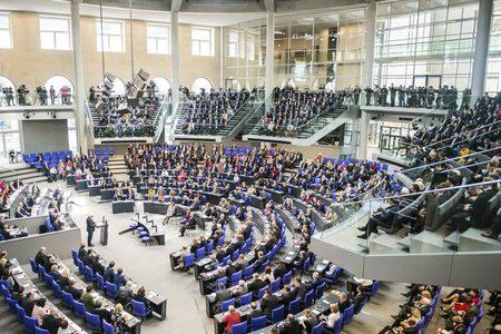 Teilnahme an Wahlen von China aus und parlamentarische Vertretung von Auslandsdeutschen